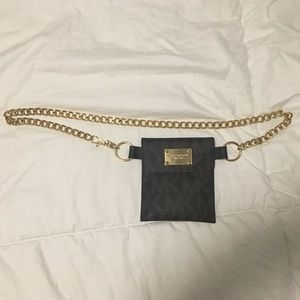 Signature Michael Kors Gold Chain Belt Pochette